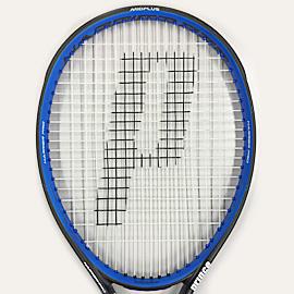 XR-Mの「M」は「マニューバビリティ=操作性」。 操作性が高いのにパワーがあるラケットは どうやって生まれたのか !?